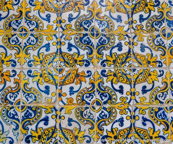 Azulejos figueres tendance d co tuiles c ramiques for El mundo de los azulejos